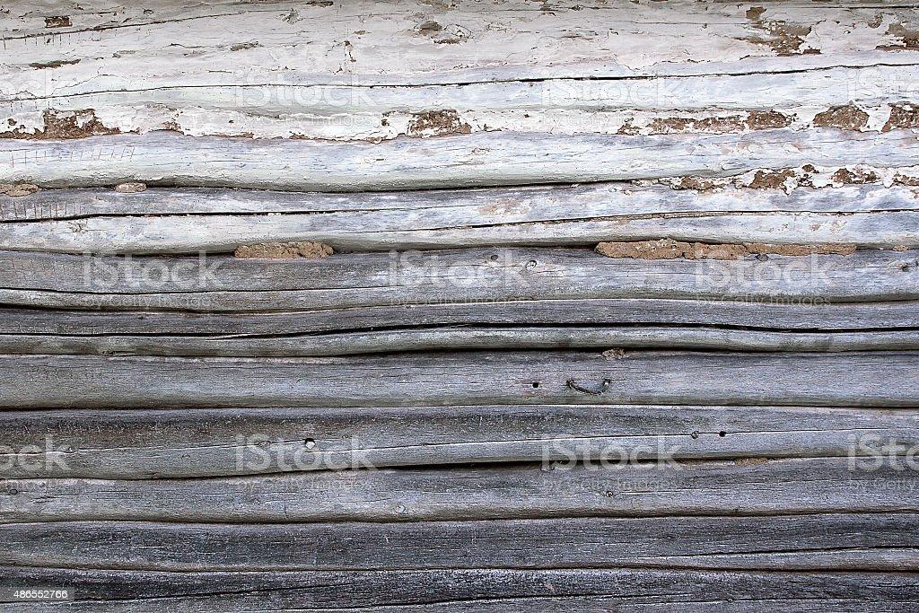 Pared de madera de registros como un fondo textura de foto de stock libre de derechos