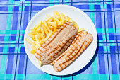 Wurstell with potato chips