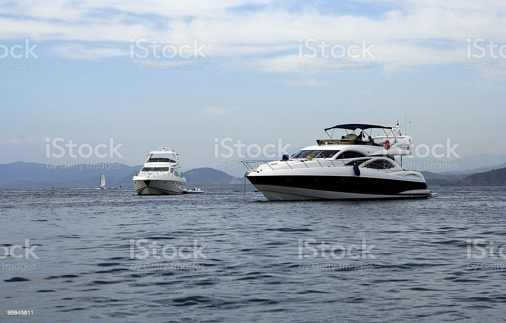 Énormes Yachts photo libre de droits