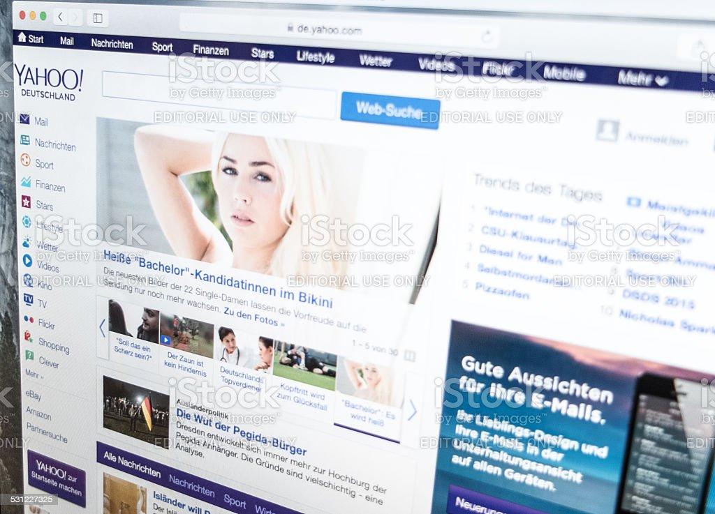 Yahoo main page stock photo