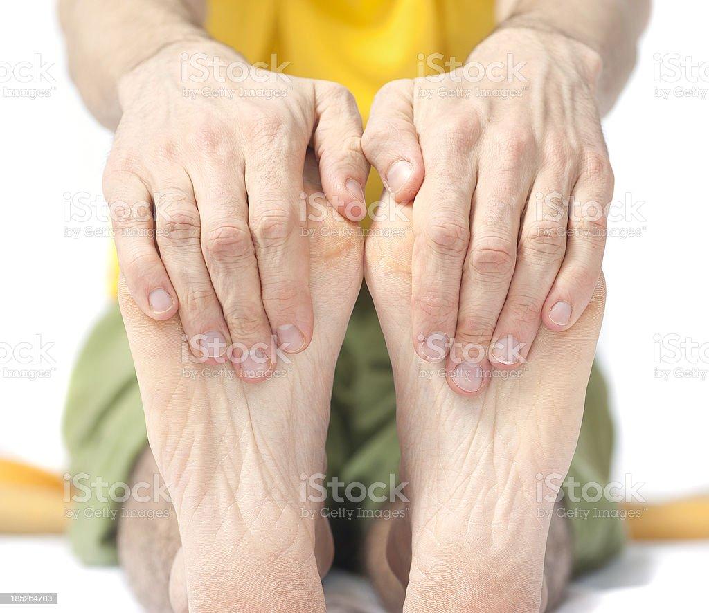 yoga hide foots - Fußsohle und Zehen stretchen stock photo