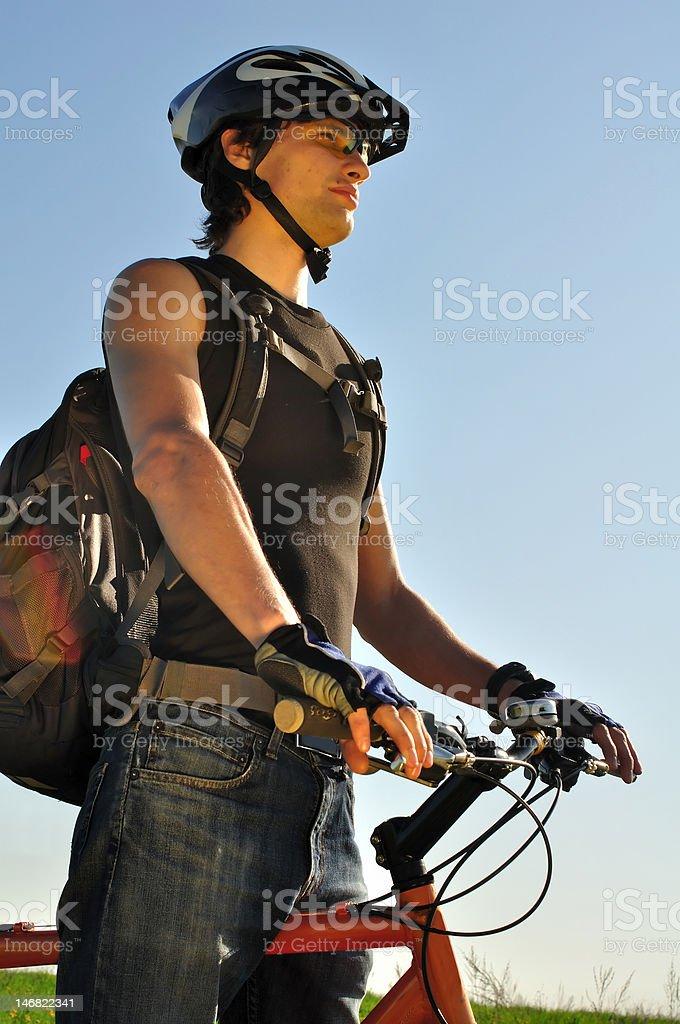 Junge Radfahrer freuen Lizenzfreies stock-foto
