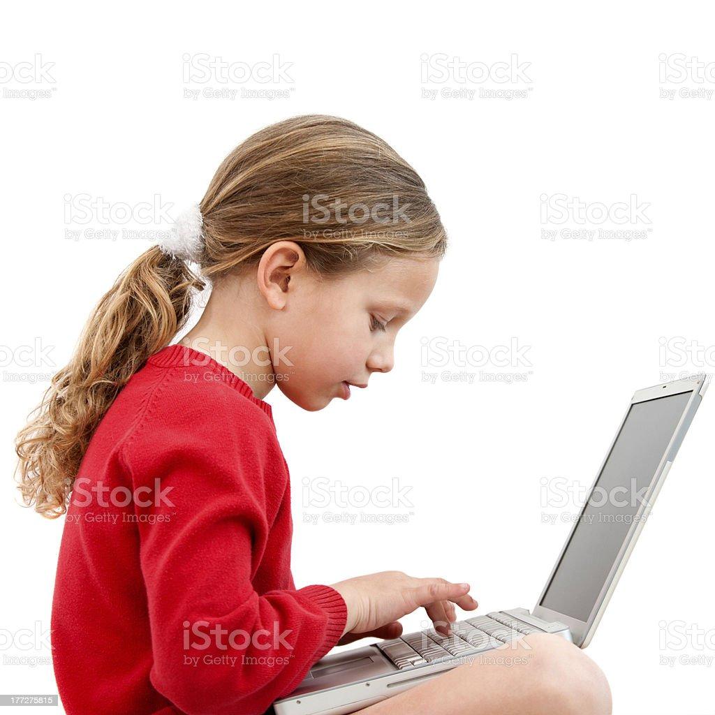 Jeune étudiant avec ordinateur portable. photo libre de droits