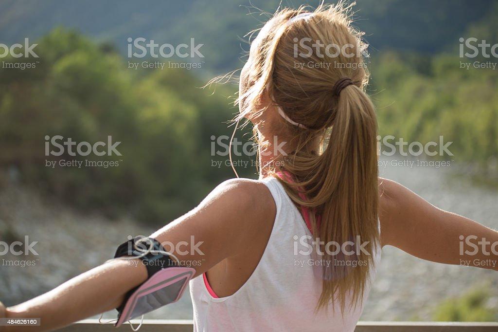 Junge Frau nach Joggen Training Atmen – Foto