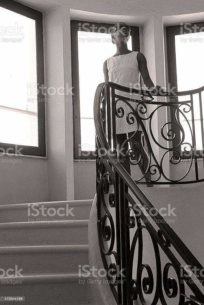 Giovane donna in vacanza in Sète, Francia foto stock royalty-free