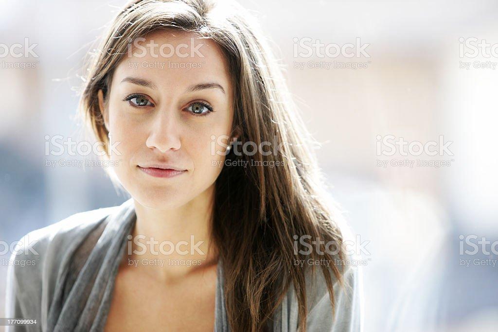 portrait de jeune femme photo libre de droits
