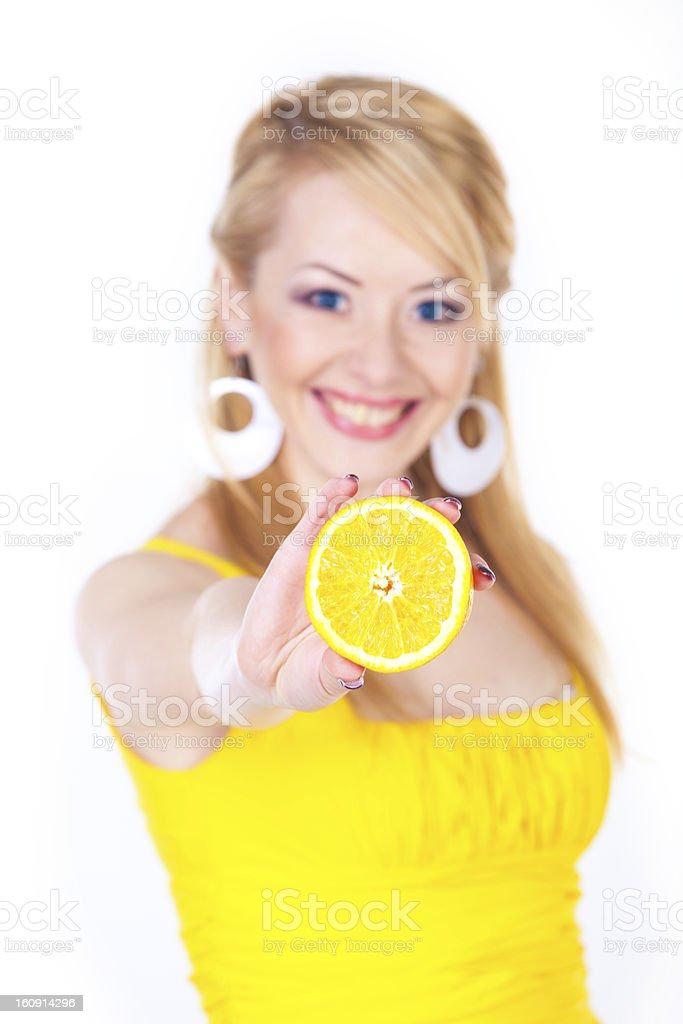 Junge Frau mit orange Lizenzfreies stock-foto
