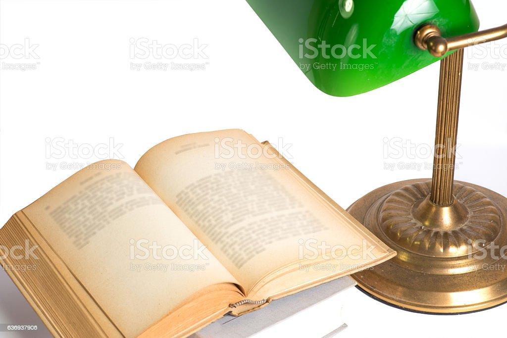 Zwei Bücher und eine Lampe stock photo