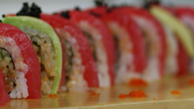 SUSHI ROLL-TUNA-1080HD video