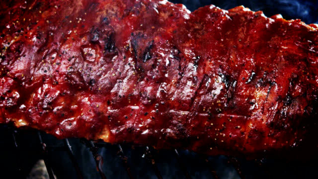 BBQ SPARERIBS-SLOW MOTION video