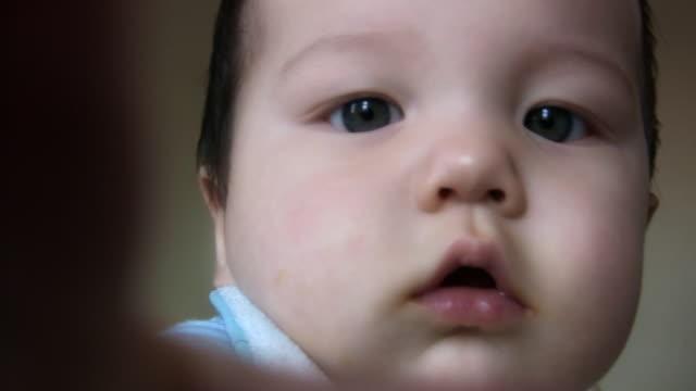 BABY REACH (HD) video