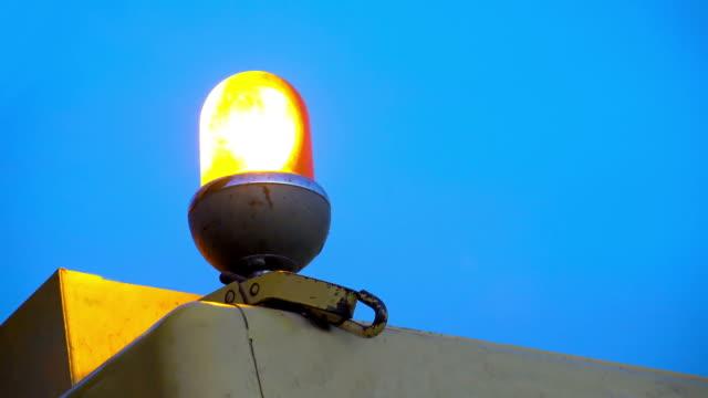4k Amber Warning Signal Siren Light, LOOP, Sony AX-100 shoot video