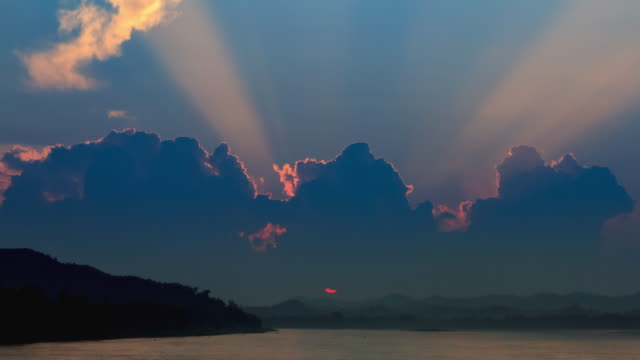 4k Time Lapse Day to Night(4096x2160):sunset (Apple ProRes 422 (HQ) format). video