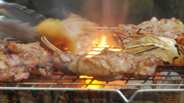 4K:Timelapse of Meat and Prawn grilled video