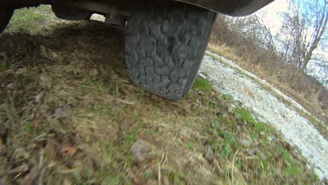 HD: 4x4 Tire While Driving video