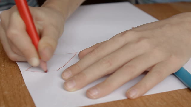 a boy draws the square video