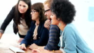Acquiring knowledge from a diversely dynamic team video