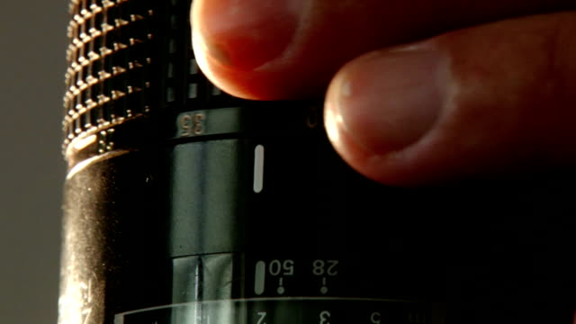 Adjusting lens - zoom scale video