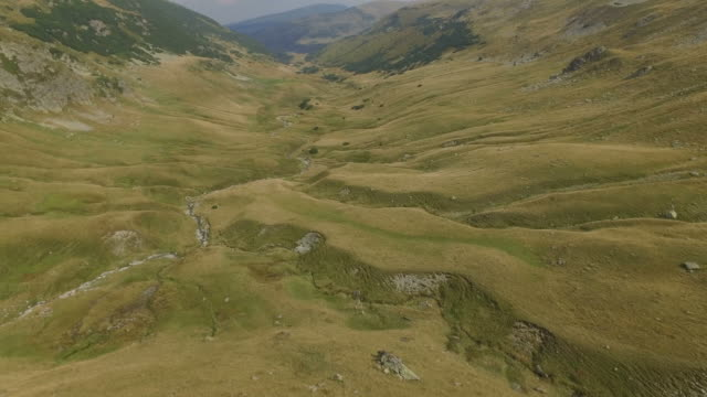 4K Aerial Shot Of Parang Mountains Crossed By Transalpina Road video