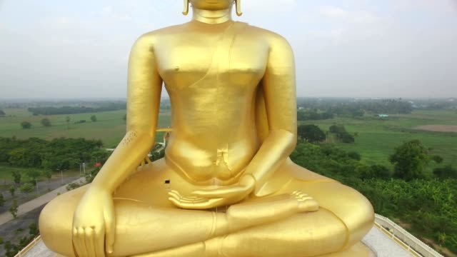 Aerial view of Big Buddha statue in Wat Muang,thailand video