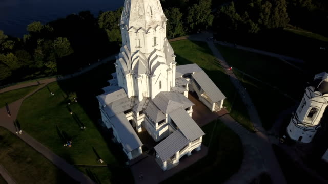 Aerial view of Church of Ascension on Moscow river in Kolomenskoye park video