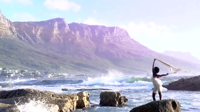 African Queen Cape Town video