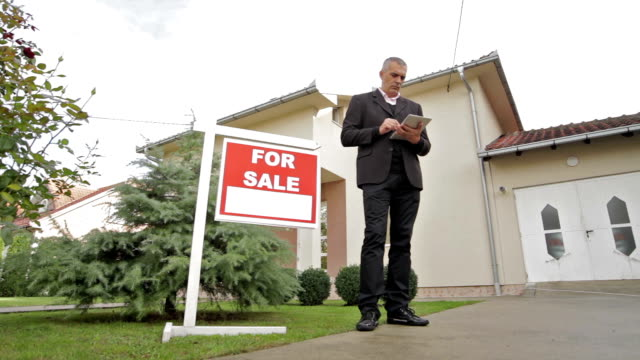 agent for the sale of real estate video