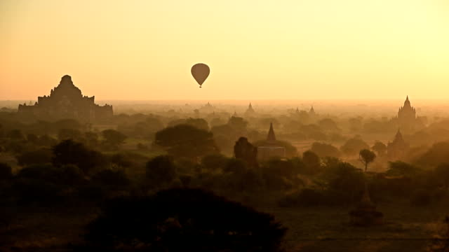 Air Ballons Bagan Temples video