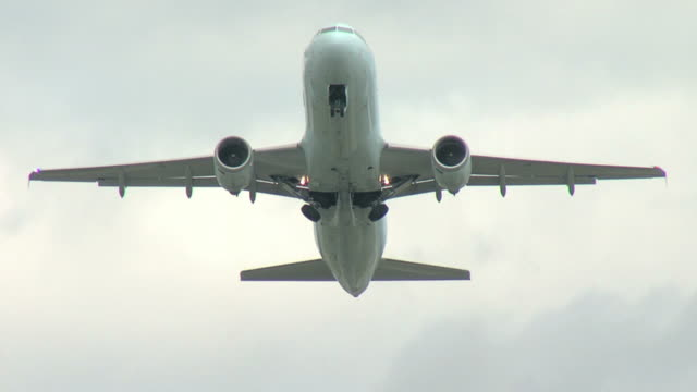 Airbus A320 Airplane take off video