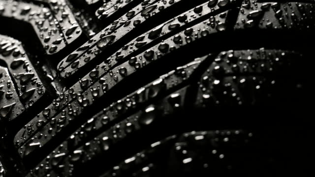 All year tyre (for winter and summer season) video