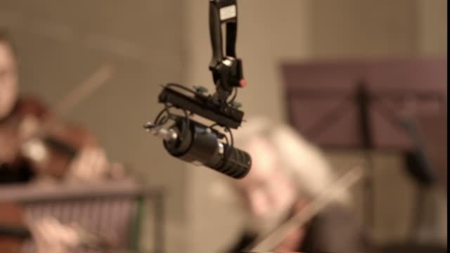 Ambisonic microphone recording video