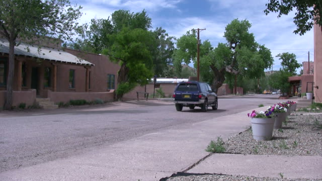 (HD1080i) American Southwest - Dusty Small Town Street video