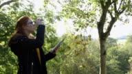 Analysing Nature with Binoculars video