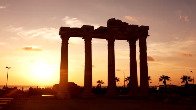 Ancient ruins against the sunset. video