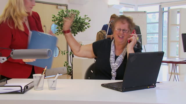 Angry customer services operator video