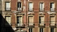 Antico palazzo time lapse ombre video