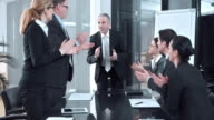 DS Applauding to the success at the company meeting video
