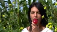 Apple Bite.. video