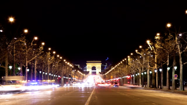 Arc de triomphe at night with traffic video