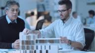 DS Architect presenting detailed solution to senior supervisor video