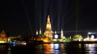 Atmosphere Wat Arun in night, bangkok,thailand video