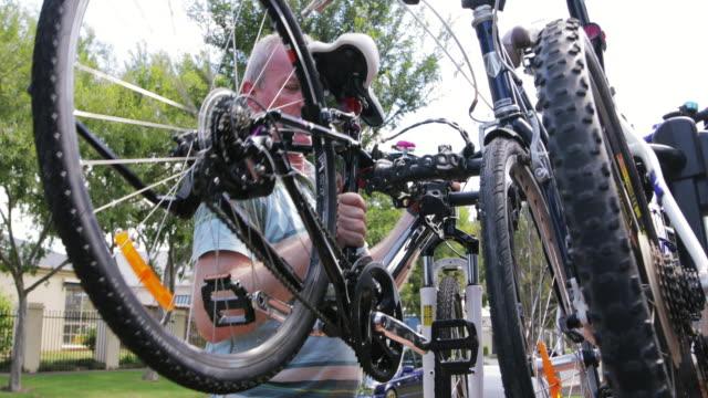Attaching Bikes to a Bike Rack video