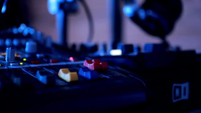 Audio Remote Control Handles video