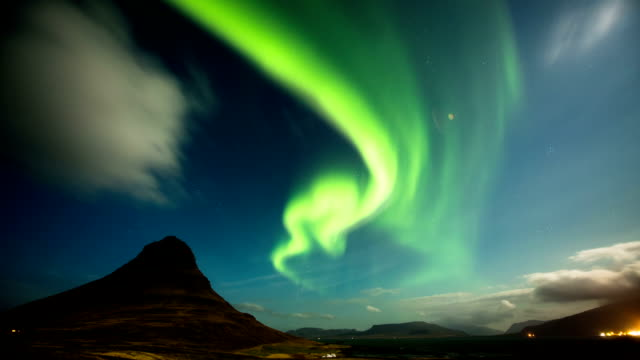 TIME LAPSE: Aurora Borealis Kirkjufell, Iceland video