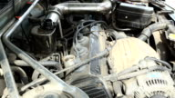 auto mechanical work,Adding Engine Oil video
