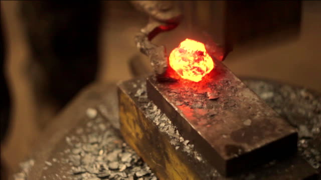 automatic forging hammer video