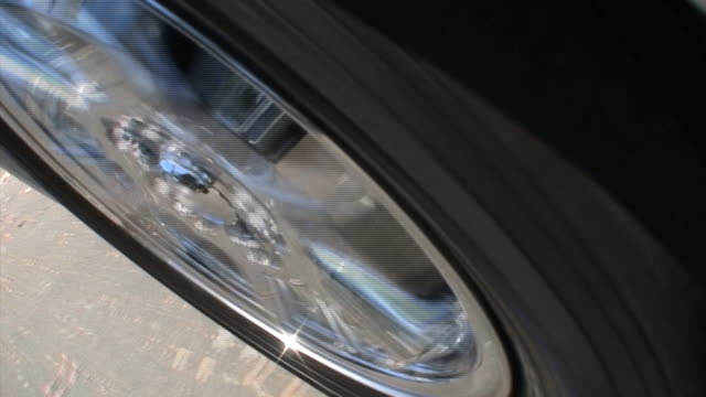 Automotive Chrome Wheel & Tire Spinning video