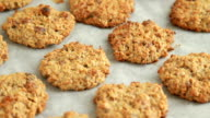 baked oatmeal cookies video