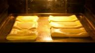 Baking process video