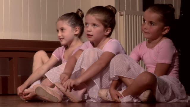 Ballerinas video